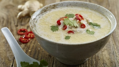 WARMING CHICKEN AND COCONUT THAI SOUP